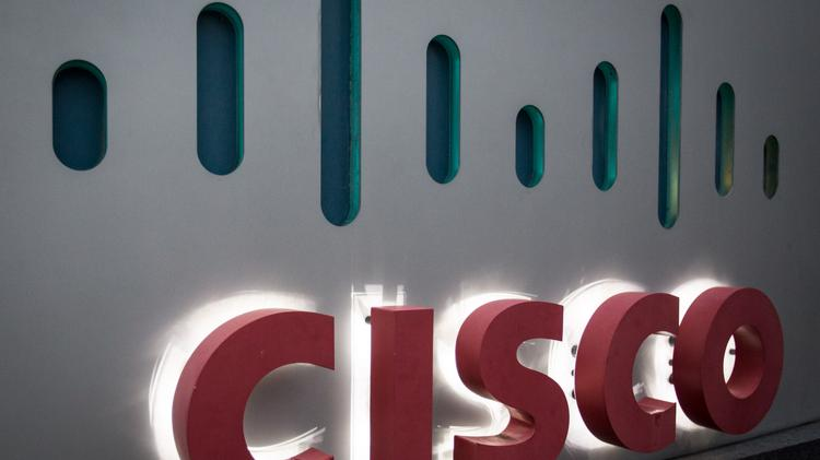 Cisco is joining the race to offer cloud computing services with a hefty $1 billion plan.