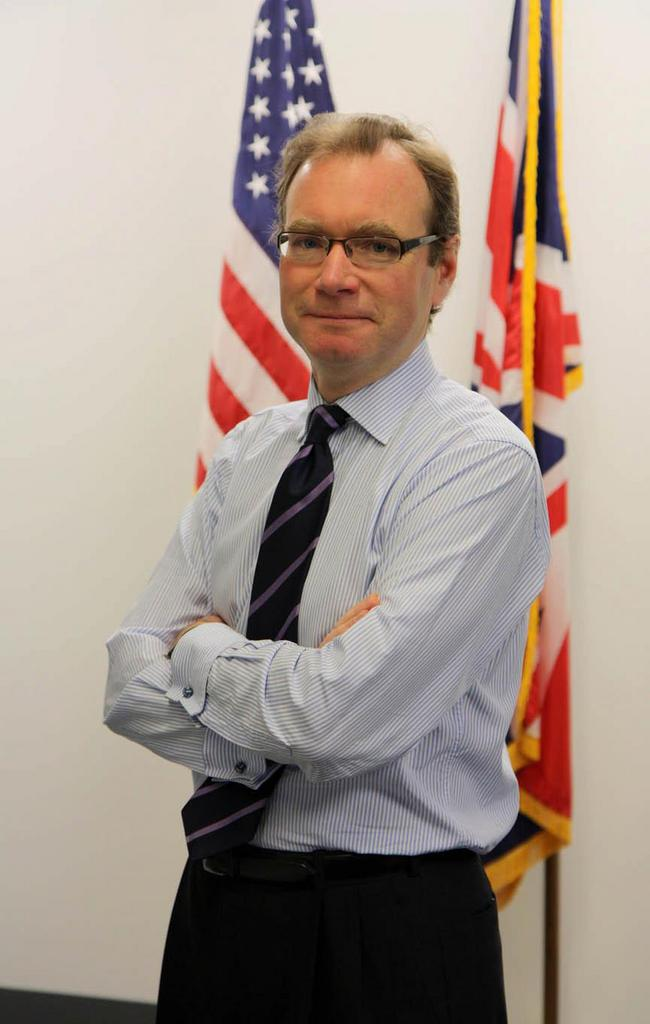 Robert Chatterton Dickson, the British Consulate-General in Chicago, will visit Louisville next month as part of the British government's first pop-up consulate.