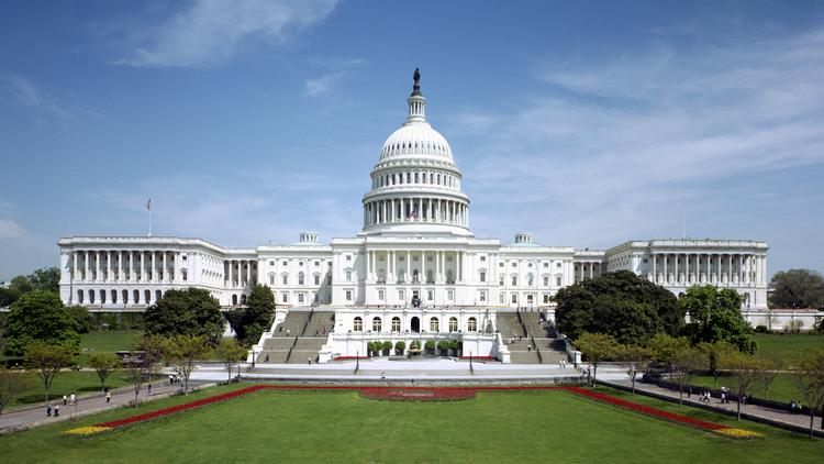 A new bill introduced in the U.S. Senate calls for a 3.3 percent pay raise for federal employees starting in 2015.