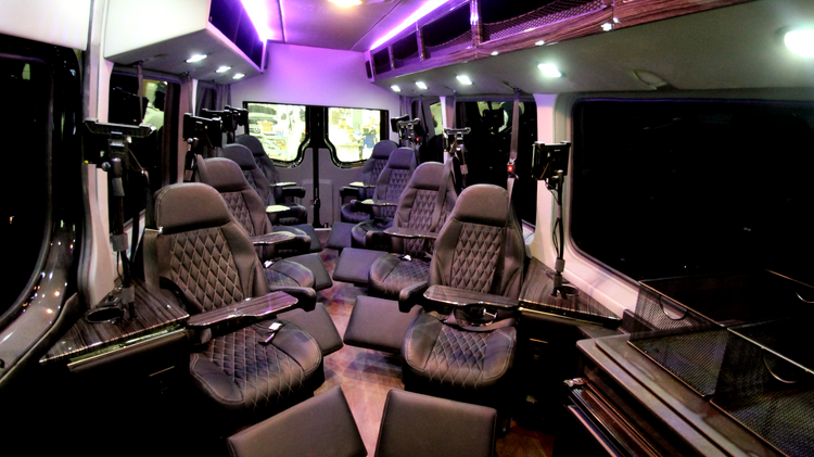 The Royal Sprinter features eight reclining leather seats for passengers looking to go from D.C. to New York City. Tickets are $90 each way.