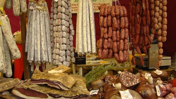 Il Mercato will sell house-made charcuterie, imported Italian foods including pasta and olive oil and retail wine.