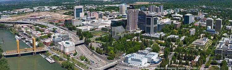 The six-county Sacramento region added 19,500 jobs in 2013, a gain of 2.3 percent on the nonfarm payroll, with job growth in the service sector that surpassed both the state and national averages.