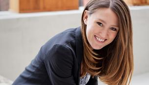 Social media marketer and entrepreneur Laura Roeder founded Creating Flame and Social Brilliant, online tools that provide social media strategy to small businesses.