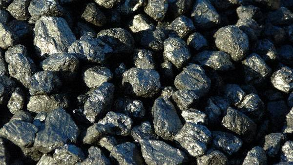 Alabama Power has announced that it will switch several plants from coal to natural gas, which will reduce employment at its Greene County plant.
