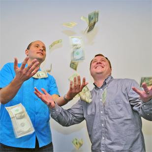 R.C. Rondero De Mosier and Nathan Roach started an equity crowdfunding portal is helping startup companies obtain venture capital.