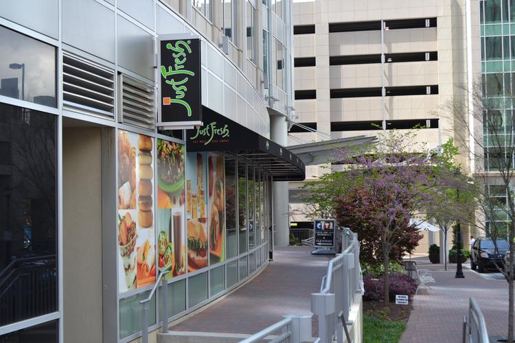 Just Fresh is adding an eatery in the Ally Building in uptown Charlotte.