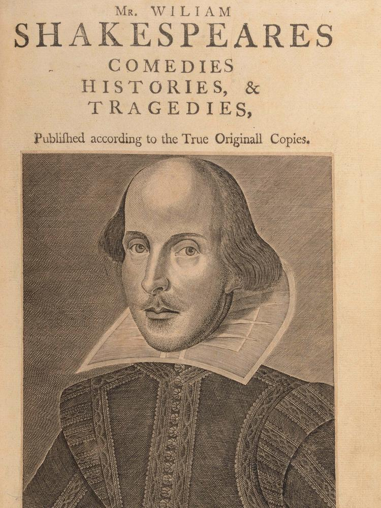 the internal dilemmas in hamlet by william shakespeare William shakespeare, hamlet  the player-queen's similarities to gertrude increase claudius' internal  this monograph clarifies dilemmas and.