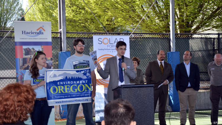 Representatives from Environment Oregon, Mayor Charlie Hales' office and Hacienda CDC released their solar installation report on Thursday.