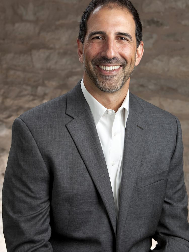Robert Shore of Don Quick and Associates Inc. in Round Rock is representing Mark IV Capital in the leasing of The Summit @ La Frontera.