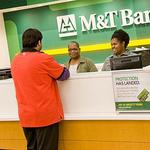 M&T Bank shares set new record