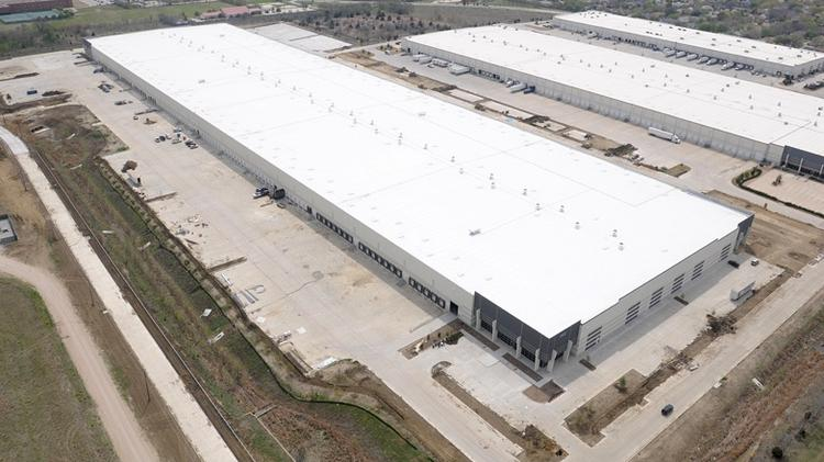 Williams-Sonoma (NYSE: WSM) has landed at the newly developed Arlington Commerce Center, a 821,502-square-foot distribution center at 4900 Sherry St. near Interstate 20 and State Highway 360 in Arlington.
