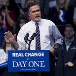 <strong>Romney</strong> tells donors that he may run for president