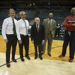 Clippers crisis won't delay Milwaukee Bucks sale: <strong>Greenberg</strong>