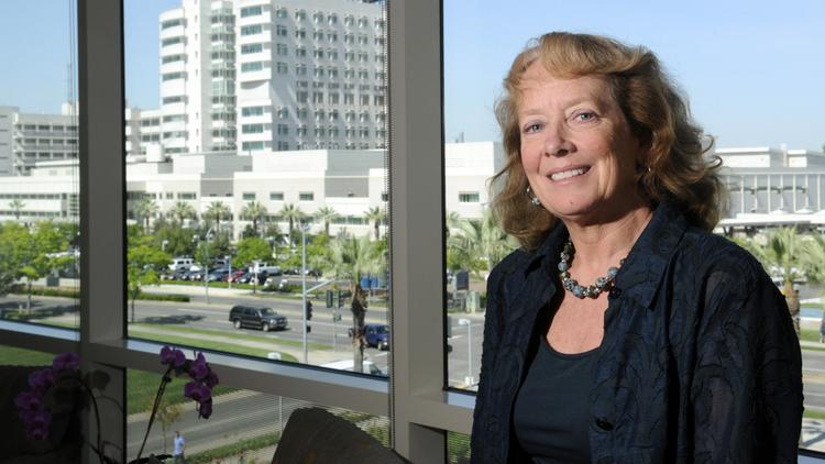 Six months after Dr. Julie Freischlag became dean of the UC Davis School of Medicine and vice chancellor for human health sciences, she has opened a clinic on campus to continue her own specialty surgery and research.