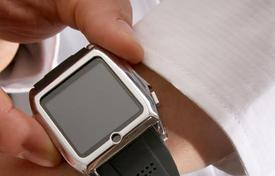 High Schooler's smart watch wakes users up