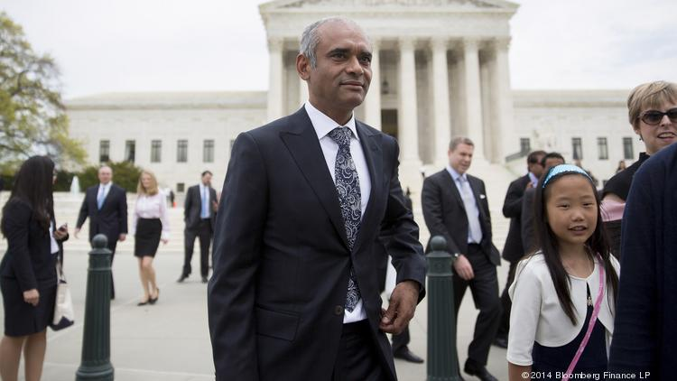 Chet Kanojia, chief executive officer of Aereo Inc., center, leaves the U.S. Supreme Court following oral arguments by Aereo Inc. and American Broadcasting Companies Inc. in Washington, D.C., this past April.