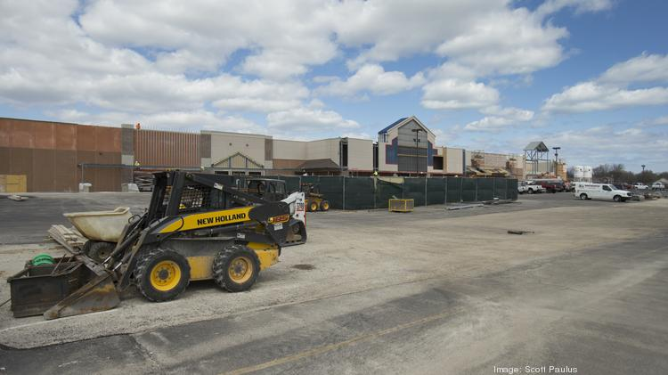 Wal-Mart Stores Inc. is converting a former Lowe's store in Brown Deer.