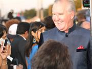 Tampa Mayor Bob Buckhorn looking sharp in Indian formal wear at the event.