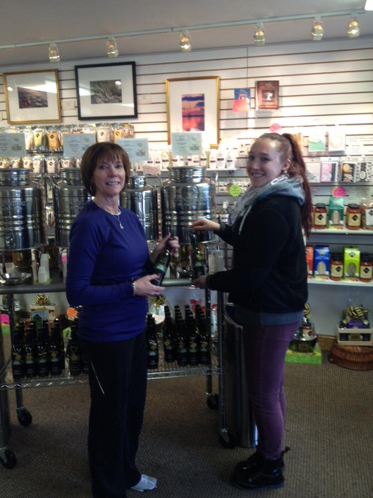 Franchisee Cindy Hoffman (left) and daughter Taylor Hoffman will run the Oilerie that is opening soon at The Greene.
