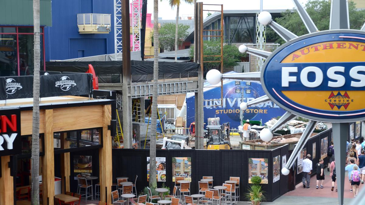 Sports Cheesecake On The Menu For Universal Citywalk