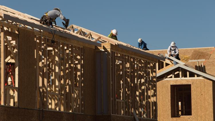 Arizona's jobs market remains in recovery because traditional growth sectors such as construction have not yet regained momentum.