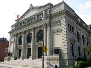 Hamilton County commissioners approved a lease agreement with 3CDC to finance renovations at Memorial Hall.