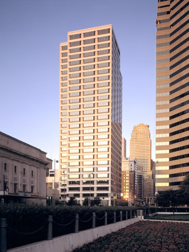 PricewaterhouseCoopers LLP, one of the largest accounting firms in Greater Cincinnati, is moving its more than 200 employees to PNC Center in the heart of the central business district from the Sawyer Point Building along Pete Rose Way.