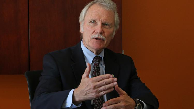 Gov. John Kitzhaber has asked the state attorney general to pursue legal action against Oracle Corp., the lead IT contractor on the state's online health insurance exchange, Cover Oregon.