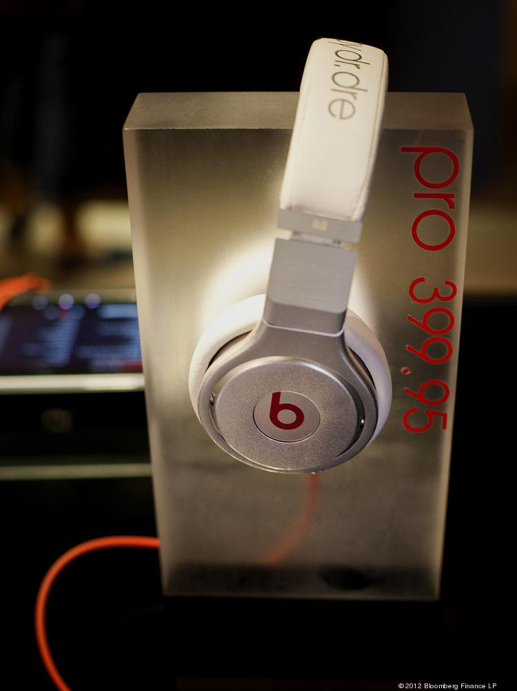 Apple is in talks to buy Beats Electronics, the premium headphones brand and music service founded by legendary rapper Dr. Dre, for a reported $3.2 billion.