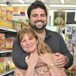 Chef Victor Albisu and his mom, <strong>Rosa</strong>, are two peas in a culinary pod
