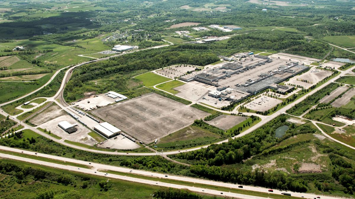 Cenveo to take nearly 300,000 square feet at RIDC ...