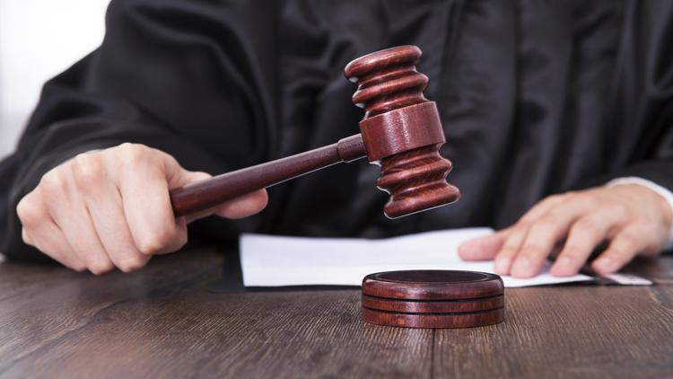 The former CEO and former chief financial officer of ArthroCare Corp. were convicted Monday by a federal jury for orchestrating a fraud scheme that resulted in shareholder losses of more than $400 million.