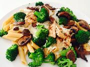 The menu at Fit Eats includes entrees such as chicken alfredo. The company specializes in healthy meals.