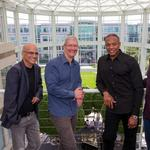 It's official: Apple to buy Beats Electronics for $3 billion