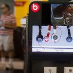 8 things to start your Friday, and Apple's evil plan to disconnect your headphones forever