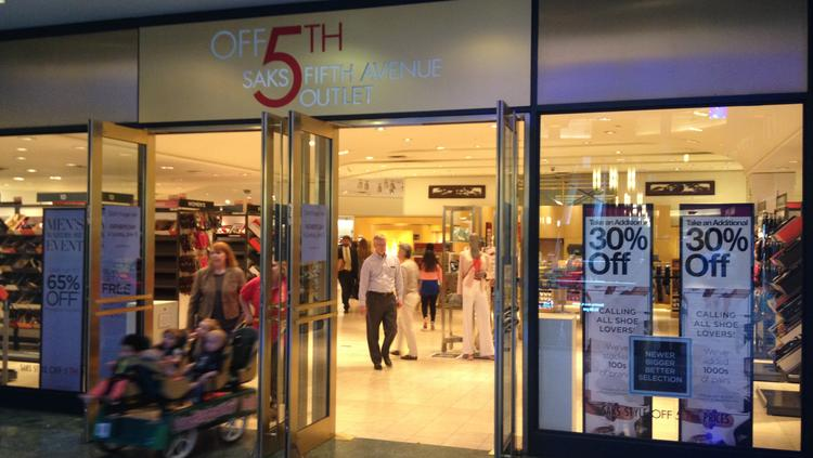 Saks Off Fifth will close its downtown Minneapolis store.