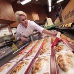 Wal-Mart promotes Memphis <strong>chef</strong>, rolls out new distribution