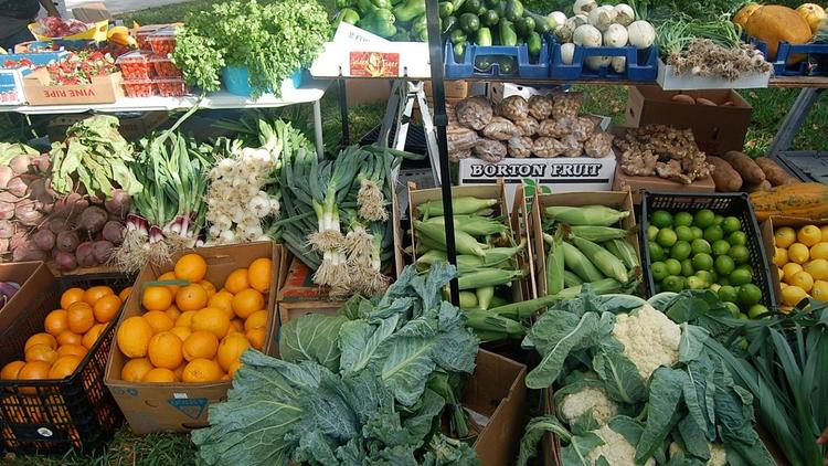 Whole Foods Market and Union Planters Plaza's weekly farmer's market begins Tuesday.