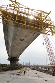 The I-4 connector under construction.