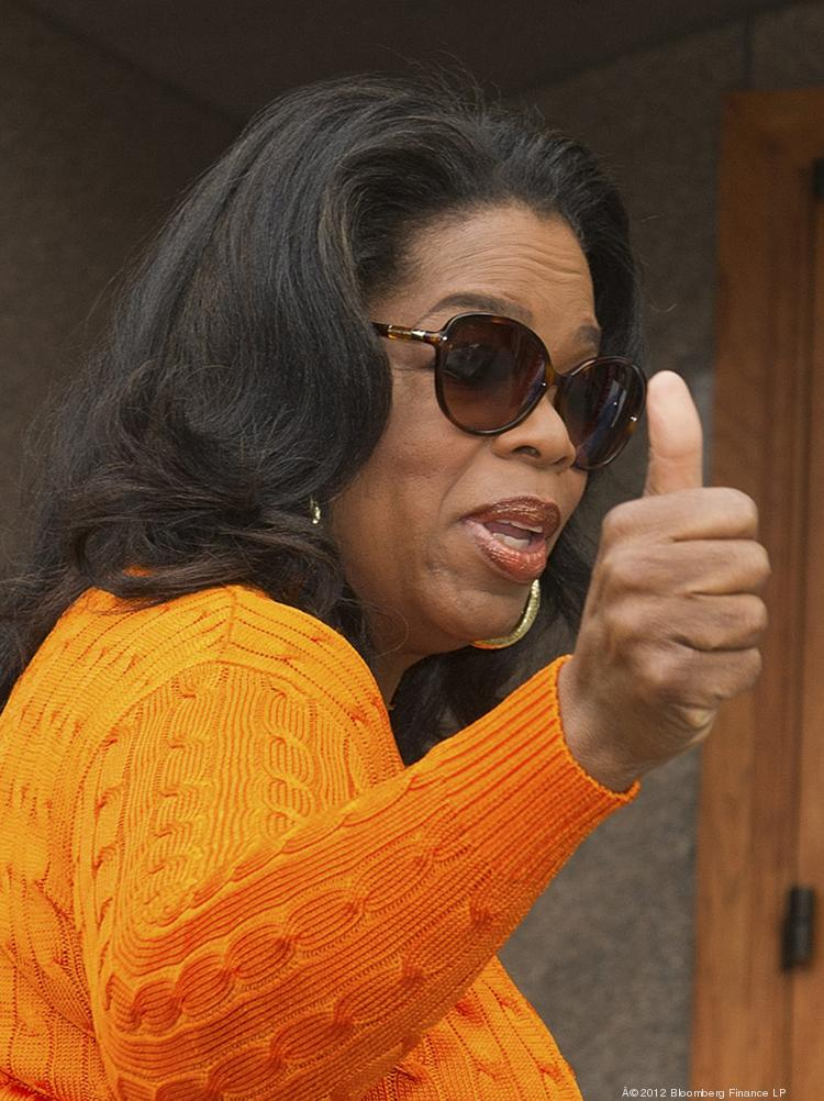 Now a full-time West Coast resident, Oprah Winfrey has listed her plush Water Tower Place condominium in Chicago for $7.75 million.