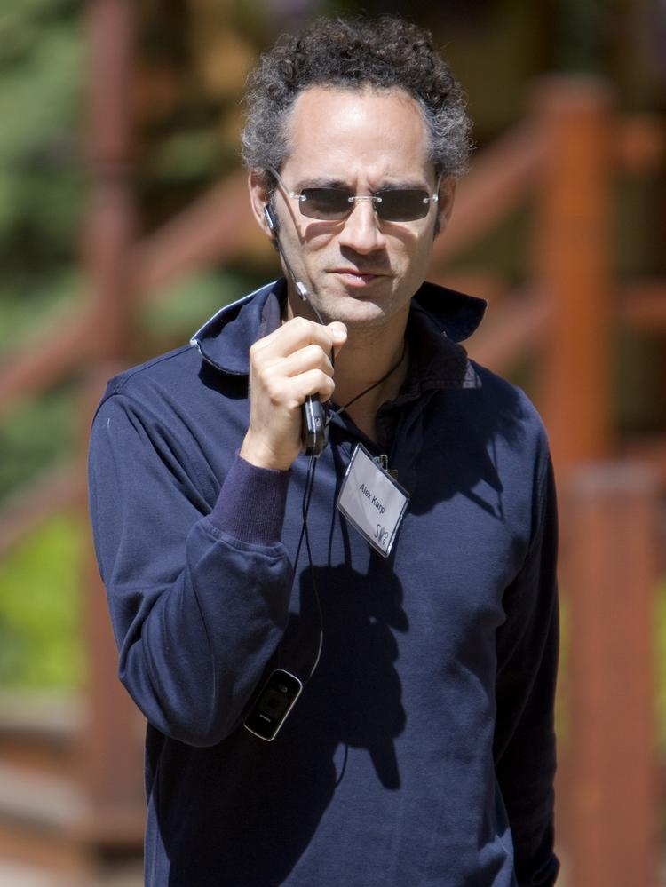 Palantir Technologies accuses early investor Marc ...