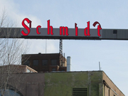 The new Schmidt sign, as illustrated from the other side.