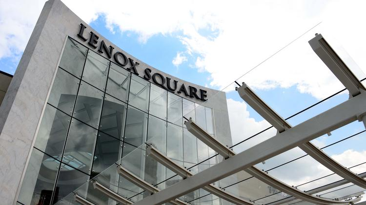 Simon Mall had its official ribbon cutting for the renovations around Lenox Square mall and its food court.