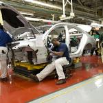 How is Alabama's manufacturing sector faring?