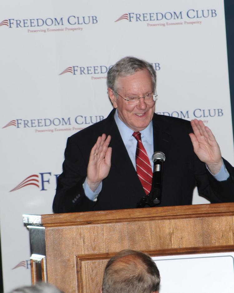 """Steve Forbes, speaking at Interlachen Country Club in Edina Tuesday night, predicted that """"Obamacare will collapse under its own weight"""" and eventually will be replaced by something closer to a free market."""