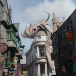 Diagon part deux: A daytime stroll through Diagon Alley (Video)