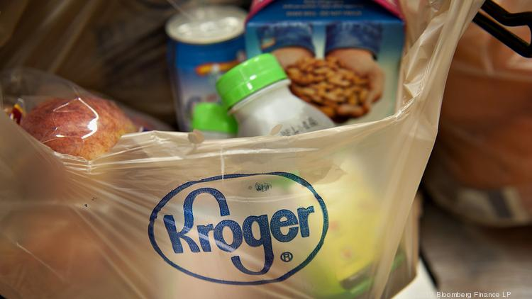 ​The Kroger Co.'s deal to buy online vitamin and health food retailer Vitacost.com should give it an edge on competitors in the upcoming battle for online supermarket sales, analysts say.