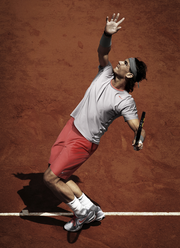 Rafael Nadal's French Open outfit in action.