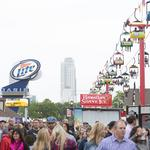 Crowds heat up chilly Summerfest: Slideshow