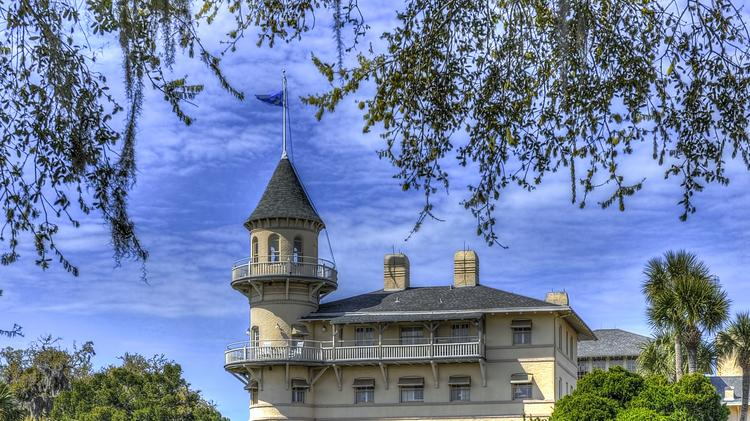 The Jekyll Island Club Hotel represents the island's rich past.